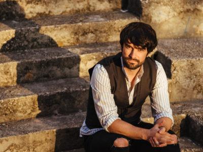 Slaven Jurić predstavlja novi singl 'Osmijeh' i spot u stilu akcijsko ljubavnog trilera