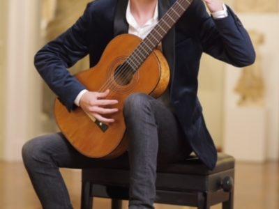Mladi glazbenik Zlatko Josip Grgić nastavlja nizati fantastične nastupe i uspjehe - koncert u Italiji !