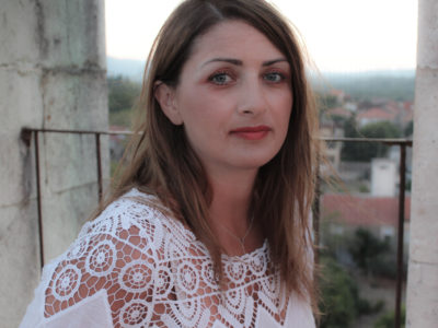 """Branka Delić predstavlja svoj novi singl """"Ostani zauvijek"""""""